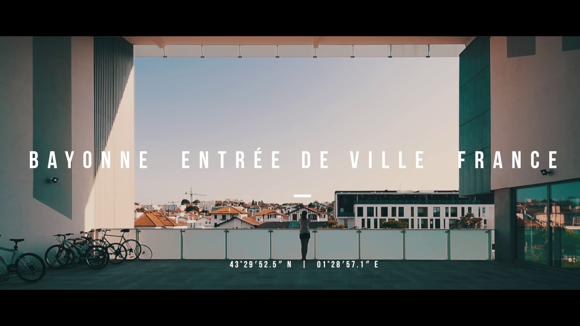 The Film of Bayonne. Entrée de Ville. France